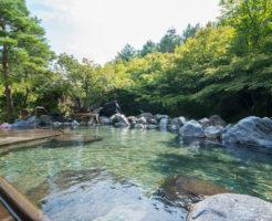 湯あみの島の渓谷の湯