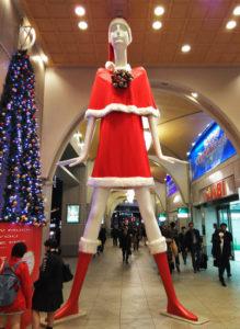 名古屋駅のナナちゃん人形
