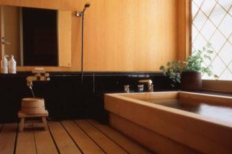 檜造り内風呂