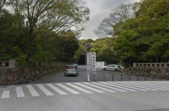 熱田神宮の東門駐車場の入口