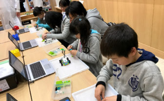 ロボ工房のロボット製作やプログラミング体験