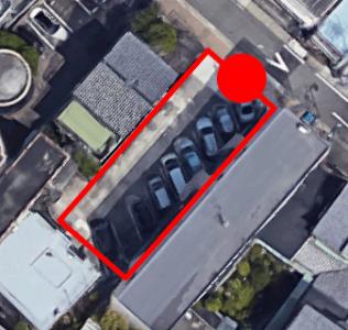 上から見た「あつた蓬莱軒本店」の駐車場B