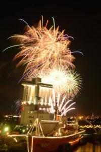 海の日名古屋みなと祭り花火大会の花火