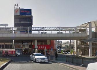 豊田市駅からの道