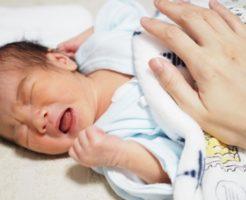 新生児の夜泣き