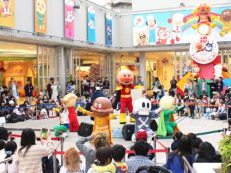 横浜アンパンマンミュージアムのショッピングモール