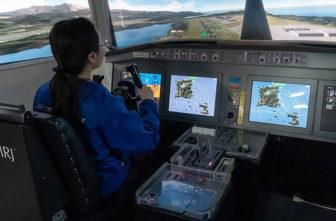 MRJのフライトシュミレーター